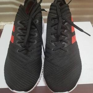 Adidas Nemezis with laces